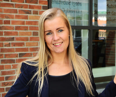 Contact Lise Randeris, Search and Recruitment Consultant at Hesehus to hear about vacancies