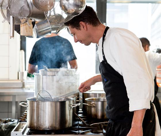 Responsive design at 'Fazer Food & Co' ensures easy ordering of dinneresponsivt design på 'Fazer Food & Co' sikrer nem bestilling af aftensmad