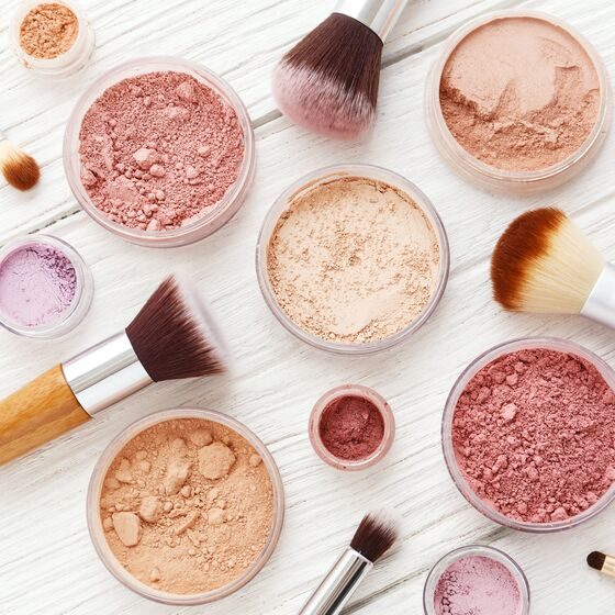 The online StyleBox universe developed by Hesehus inspires with new makeup trends