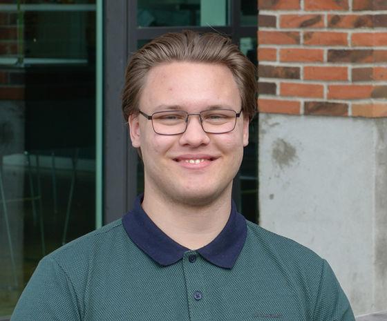Simon Hjortshøj Larsen, Developer hos Hesehus