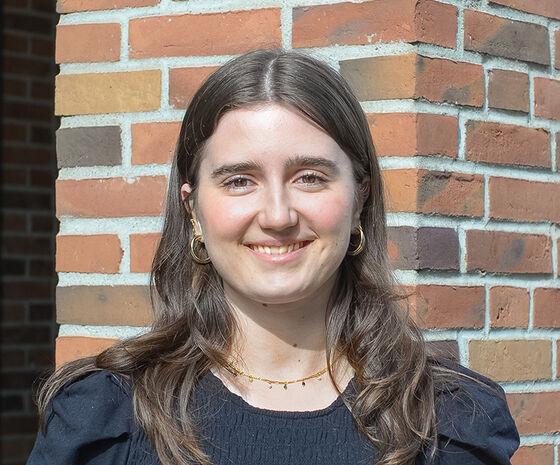 Caroline Mouret, Office Assistant hos Hesehus