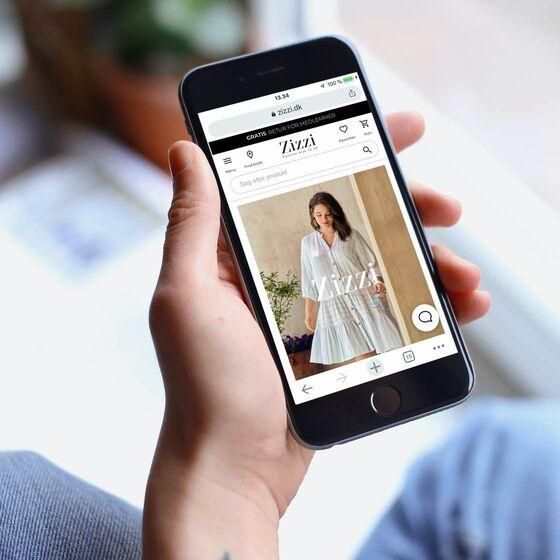 Zizzis nye webshop på mobil